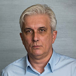 Vladimir Dekanić